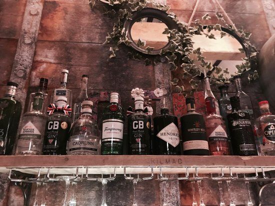 ชาเล่, UK: Fantastic pub, great food and value, friendly staff, 5 star