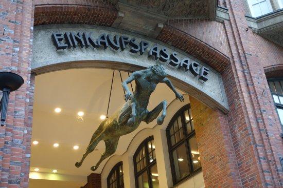 Moenckebergstrasse Shopping Photo