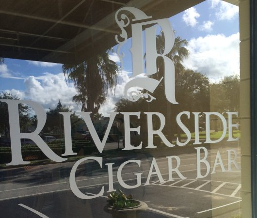 Riverside Cigar Bar