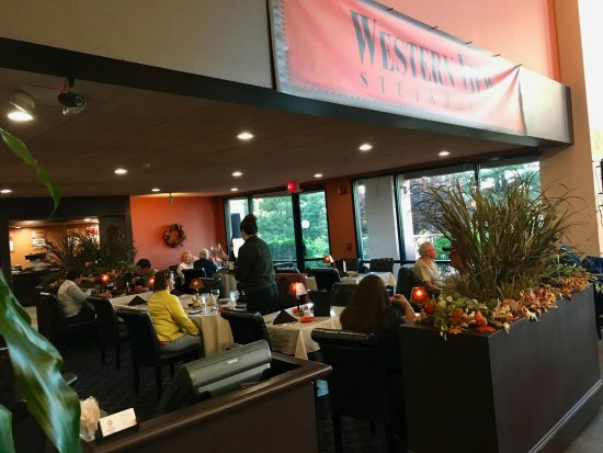 Western View Steakhouse: The Restaurant