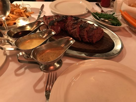 Keens Steakhouse: photo0.jpg