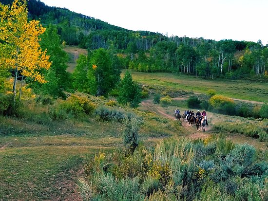 Clark, CO: Autumn ride at The Home Ranch