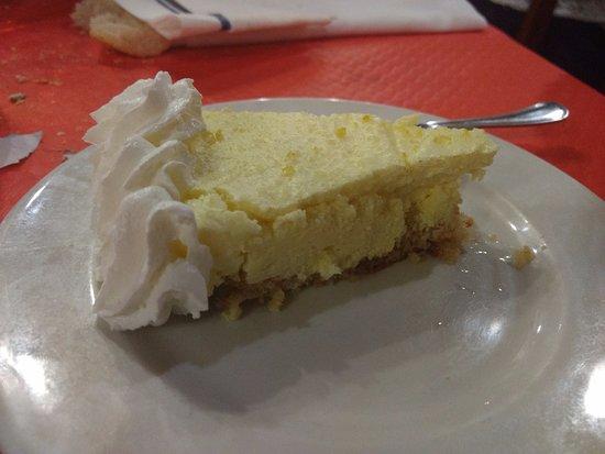 Los Corrales de Buelna, España: Tarta de Limón