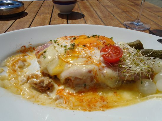 First Mountain Resturant: Croque madame!