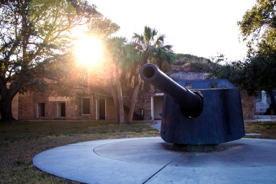 Fort De Soto Park: You can explore the old fort
