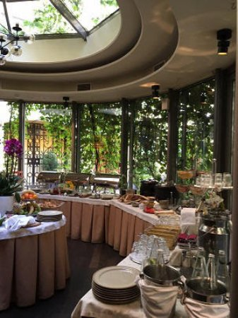 Helvetia Deluxe Hotel Daily Breakfast Buffet Restaurant Marius Additional Dining Space For Lunch