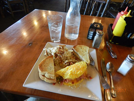 Trapper Grill: Teton Omelette is as big as its namesake