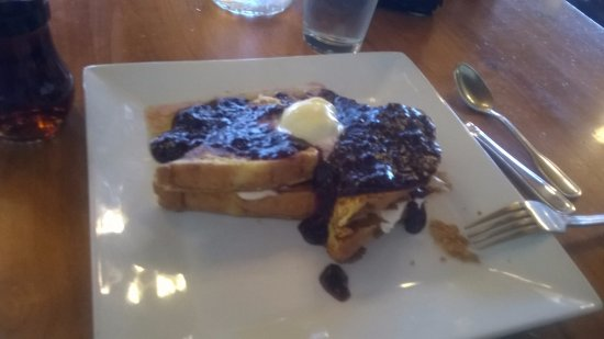 Trapper Grill: Blackberry Stuffed French Toast YUM !