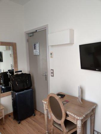 Hotel du Printemps : IMAG1009_large.jpg