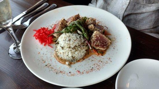 seared ahi tuna with seaweed rice