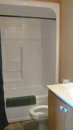 Bishop's Falls, Canadá: Clean bathroom