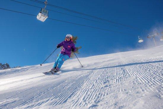 Huntsville, UT: Skiing under Strawberry Gondola