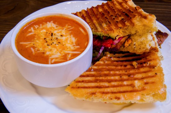 Huntsville, UT: Sandwich and soup is the perfect lunch combo to warm up for the afternoon on the slopes.