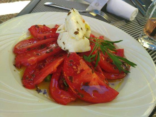 Ballan Mire, ฝรั่งเศส: Tomates moza :-)