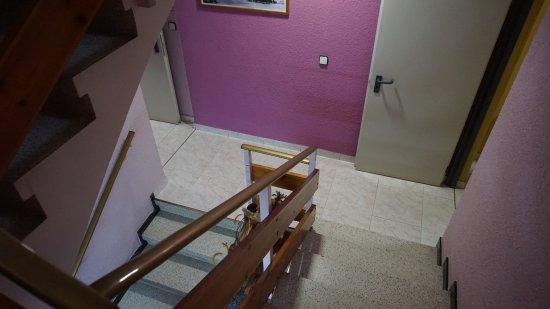 Encamp, อันดอร์รา: Escales internes, també hi ha ascensor