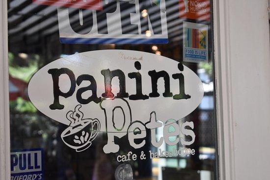 Panini Pete's Cafe & Bakeshoppe: YUM! A 10!!