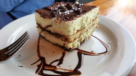 Gaspare's Pizzeria Ristorante : excellent teramesu desert