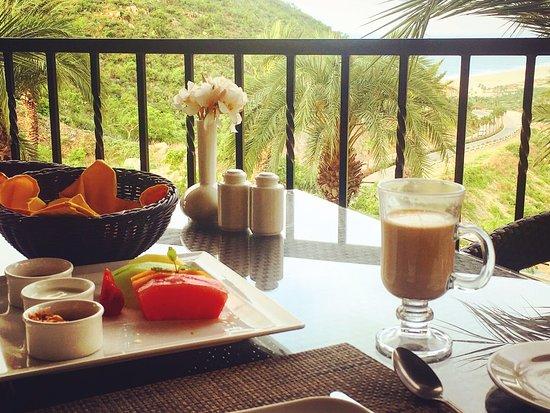 Montecristo Estates Pueblo Bonito: Delicious coffee and fresh fruit at the Montecristo restaurant