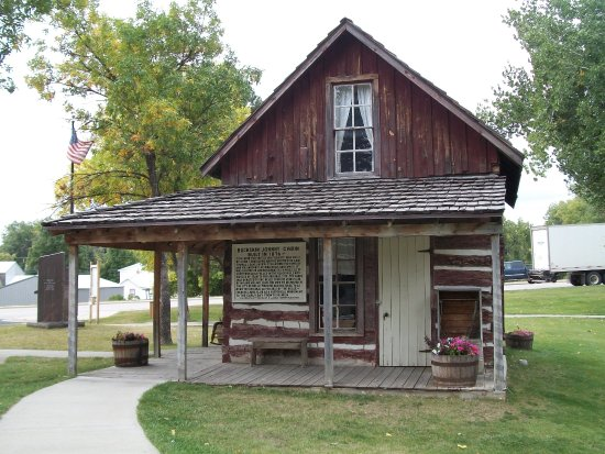 Center of the Nation Monument: Spaulding Cabin
