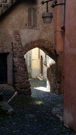 Segni, إيطاليا: uno scorcio medievale
