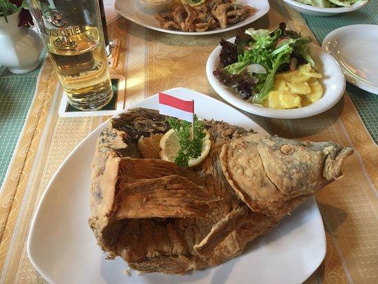 Markt Erlbach, Alemania: Fried Carp