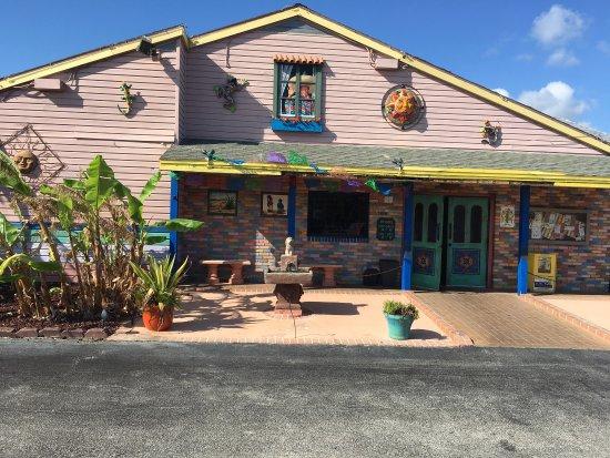 El Leoncito Mexican and Cuban Restaurant: photo1.jpg