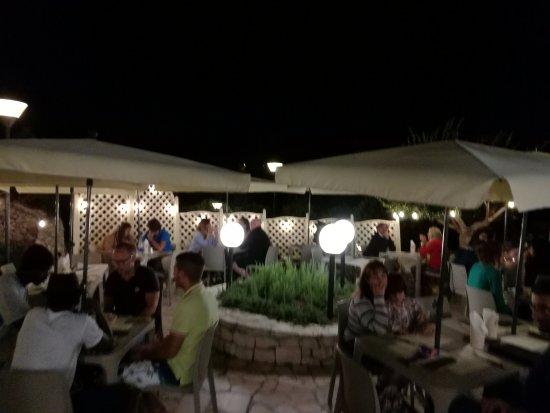 terrazza pizzeria - Picture of Pozzo Contino, Alberobello - TripAdvisor