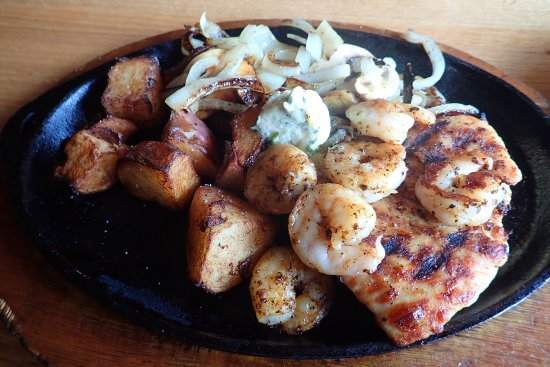 Moscow, ID: shrimp and chicken grill