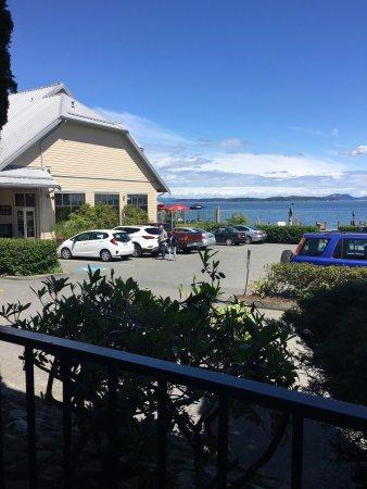 Sidney Waterfront Inn & Suites: photo0.jpg