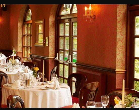 Bredbury Hall Hotel: 20170812_141630_large.jpg