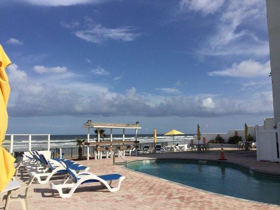 Cove Motel Oceanfront: IMG_8338_large.jpg