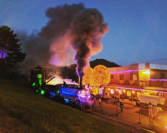 Tweetsie Railroad: IMG_20170924_023220_429_large.jpg
