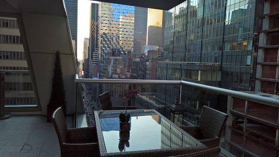 The Gotham Hotel: 19th Floor Common Area