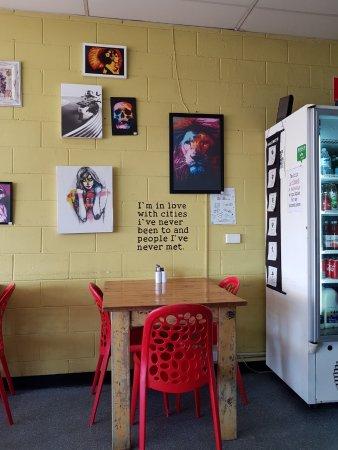 Alexandra Headland, Australia: Art and wall notes at the Attic cafe