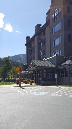 The Vintage Resort Hotel & Conference Center: photo1.jpg
