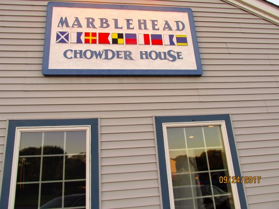 Marblehead Chowder House : Front