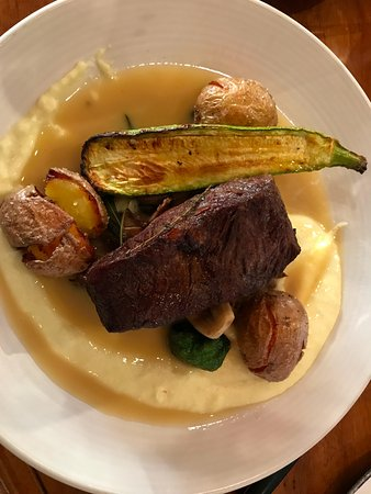 Cloverdale, CA: Flat Iron Steak with Roasted Potatoes and Fresh Vegetables