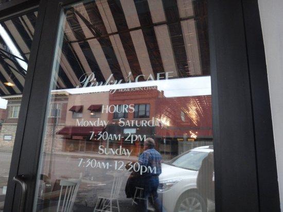Livingston, MT: Pinky's hours