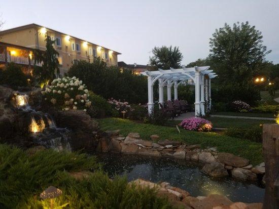 Berlin, Ohio: Berlin Resort grounds.