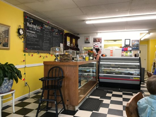 Christiansburg, VA: Small, cheerful place with a big heart!