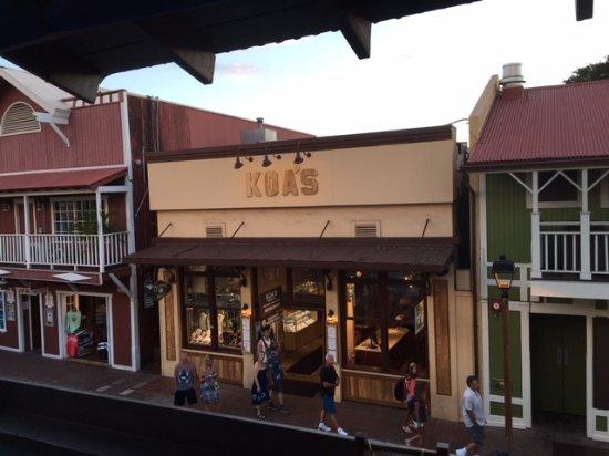 koa s on historic front street in lahaina picture of koa 156