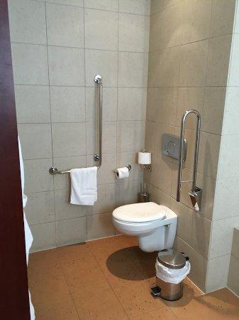 Spata, Grecia: Toilet