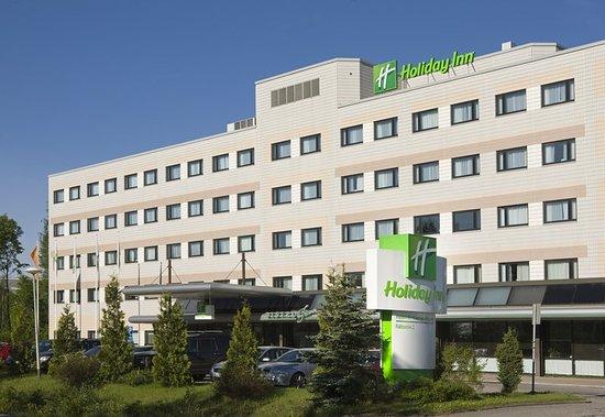Beautiful sunny day at Holiday Inn Helsinki-Vantaa Airport