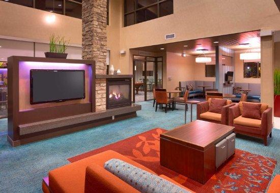 ซานมาร์คอส, แคลิฟอร์เนีย: Lobby