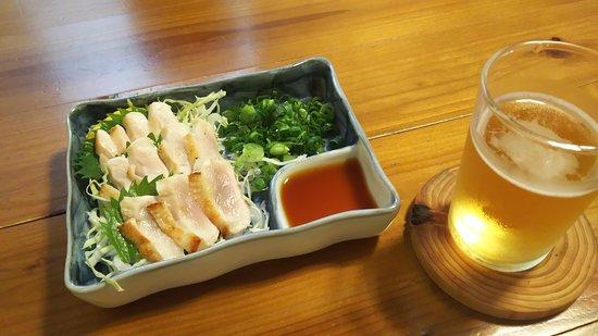 Aki, Giappone: コース料理のラインナップ。 たたき、炭火焼き、すき焼き、最後は親子丼でしめて!