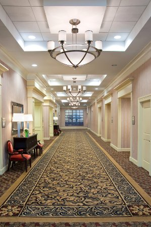 Fairview Heights, IL: Hallway