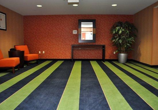 Bremerton, WA: Elevator Lobby