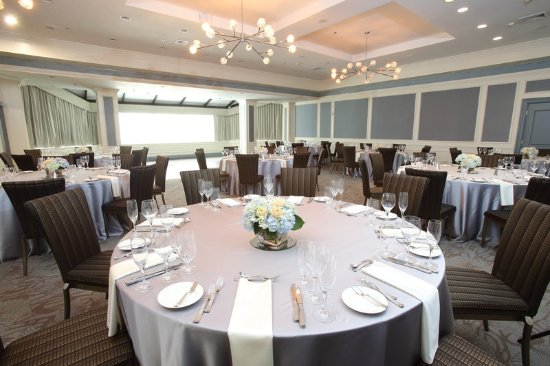 Natick, MA: The Phoenix Ballroom