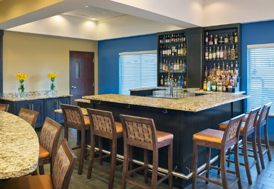 Williston, ND: Bar