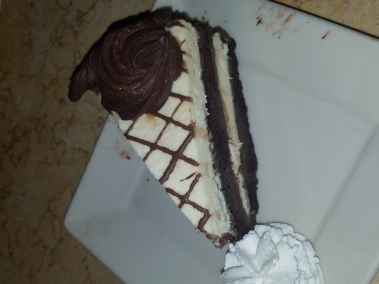 Chesterfield, MO : The Cheesecake Factory